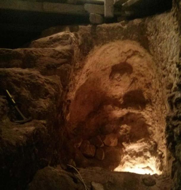 The beginning of an 'escape tunnel' found in the house. It is theorized that at the time of the Great Revolt (2,000 years ago) the Jewish People were digging escape tunnels underneath the Upper City