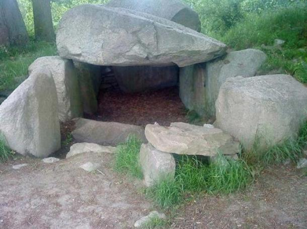 An example of a Funnel Beaker Culture Dolmen (single-chamber megalithic tomb) in Lancken-Granitz, Germany.