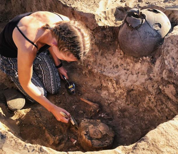 Experts hope to gain insights from further study of the site, sword, and artifacts recovered. (Mamai Gora / Facebook)