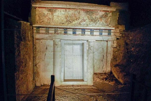 The façade of Tomb II at Vergina. (CC BY-SA 2.0)