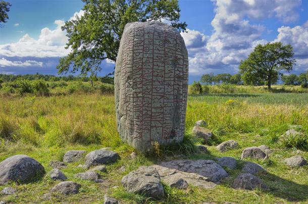 The famous Karlevi Runestone (UllrichG / Adobe Stock)