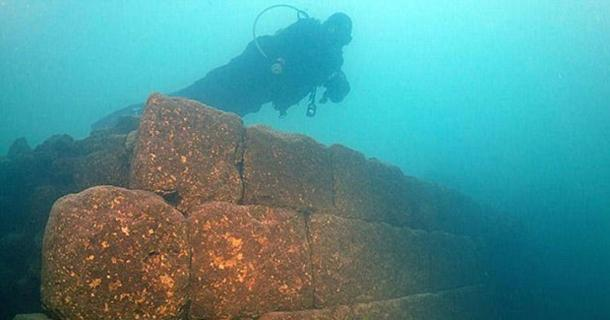 3,000-Year-Old Castle Built by Mysterious Civilization Found at The Bottom of a Lake in Turkey