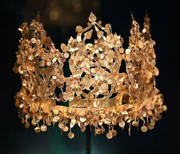 Bactrian gold crown, an archaeological treasure of Afghanistan