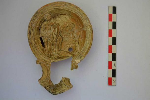 Decorated Hellenistic pot lid found at the site.