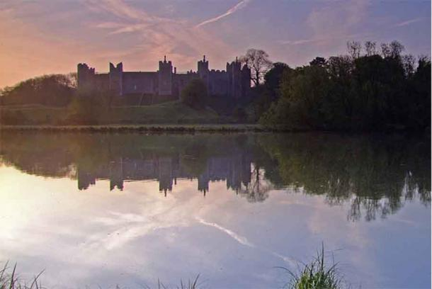 One of the spectacular views of Framlingham Castle, which has aged into a highly interesting tourist attraction managed by the English Heritage charity today. Source: Ian Dalgliesh / CC BY-SA 2.0