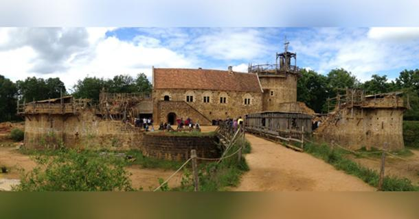 Can Medieval Artisans From Guédelon Help Rebuild Notre-Dame?