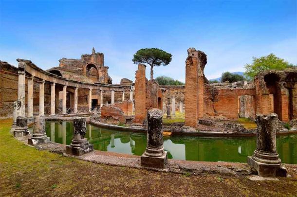 Powerhouse Breakfasting Platform Unearthed At Hadrian's Villa