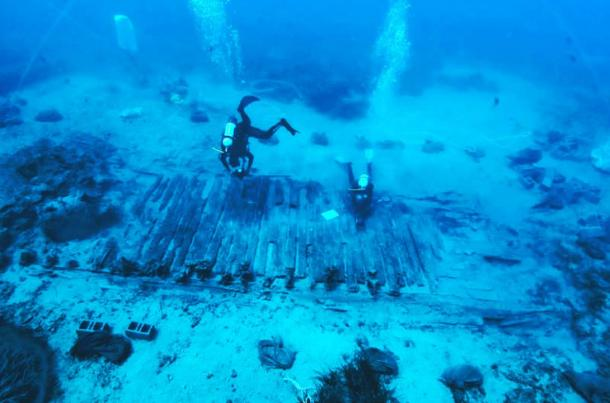 Marine research and excavation in the area of the Mentor shipwreck