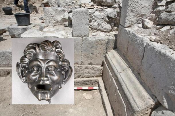 Surprising Hints of Possible Portal to Pan Found Near Ancient City in Israel