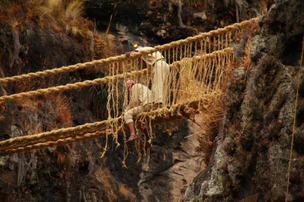 Spectacular Peruvian Rope Bridge, last of its kind, carries forward tradition of the Inca | Science and Technology