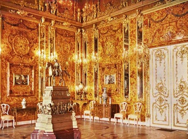 Polish Museum Claims to Have Located the Elusive Amber Room that Was Stolen by Nazis