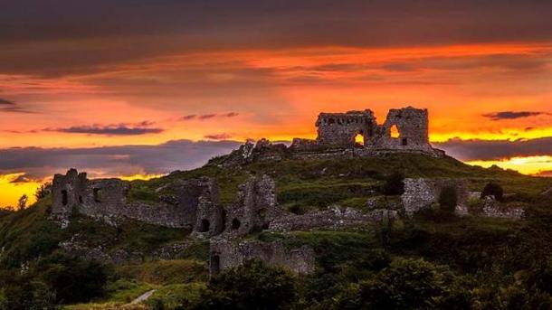 Dunamase Caste at sunset