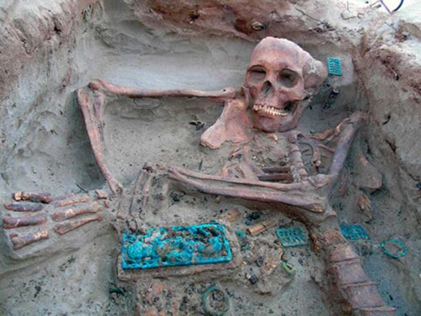 Skeleton uncovered at the necropolis under water at the site dubbed Siberian Atlantis. Source: Institute for the History of Material Culture