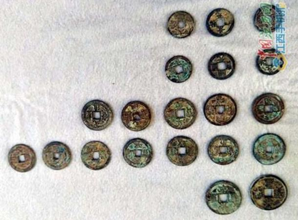 Some of the Song Dynasty coins found under a house in Fuliang county of Jingdezhen city in East China`s Jiangxi province.