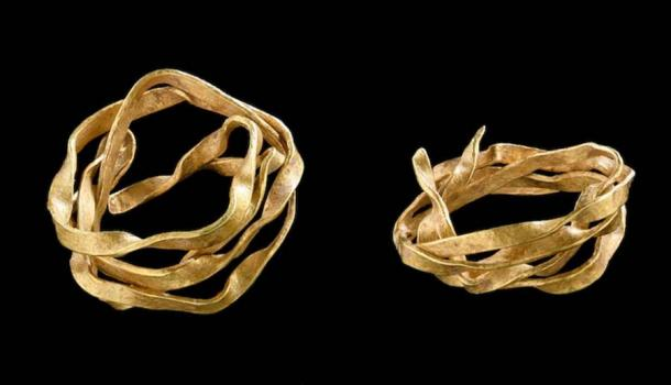 Valuable Gold Ornament Found in Early Bronze Age Burial, Germany