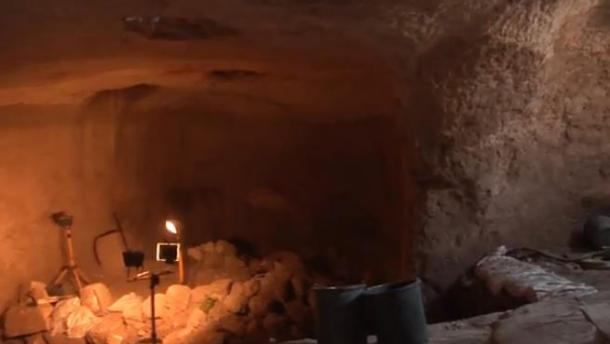 Remarkable 3,000-year-old Subterranean Tunnels Discovered in Jerusalem  Jerusalem-cave-tunnels-network