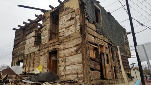 Revolutionary era log house revealed by demolishers. Source: Valley Girl Views