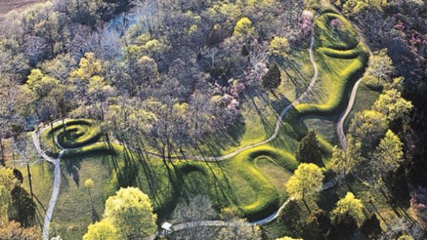 The Great Serpent Mound of Ohio, the Largest Earthen Effigy in the World