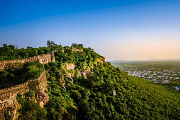 Chittorgarh Fort is now a UNESCO World Heritage Site and is one of the Hill Forts of Rahasthan. (anjali04 / Adobe Stock)