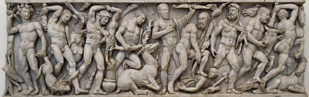 Front panel frieze from a sarcophagus with the Labors of Hercules. (Museo nazionale romano di palazzo Altemps / Public domain)