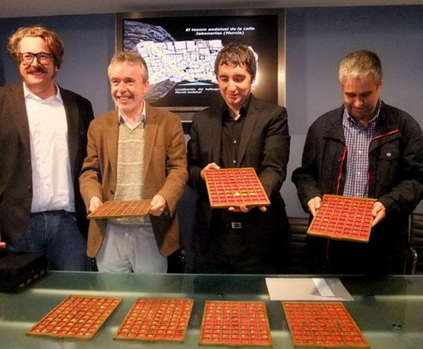 Presentation of the gold and silver coins by Murcia's department of culture in 2012. Murcia, Spain.