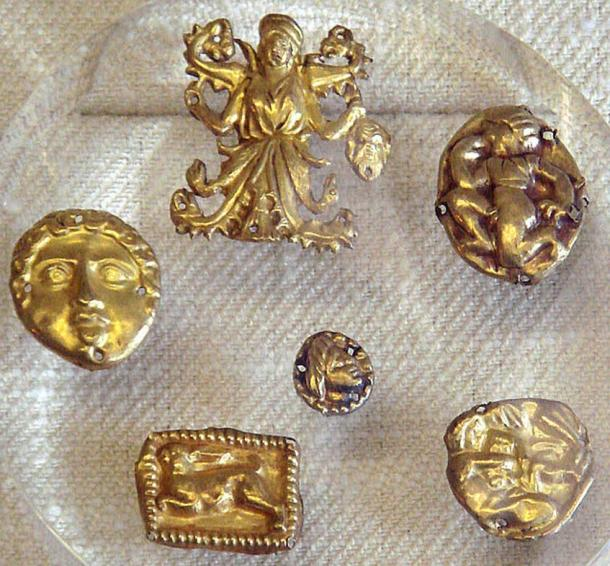 Examples of golden Scythian art. The treasure of Kul-Oba, Crimea, 400 to 350 BC.
