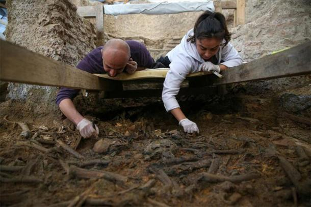 The human remains and artifacts were collected from many archaeological layers which demonstrate different eras. (HABERTURK)