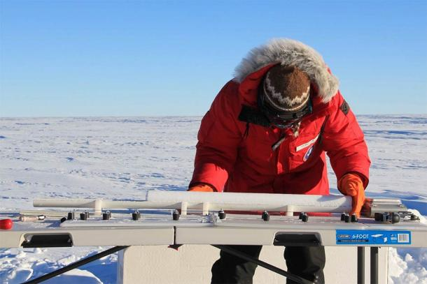 Working with ice cores like the ones from Greenland used to date the Ilopango mega-eruption and the global cooling it caused in 431 AD. (NASA ICE / CC BY 2.0)