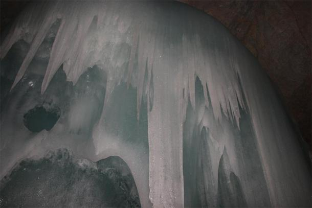 Spectacular ice formation within Eisriesenwelt Cave (MG007/ CC BY-NC-ND 2.0)
