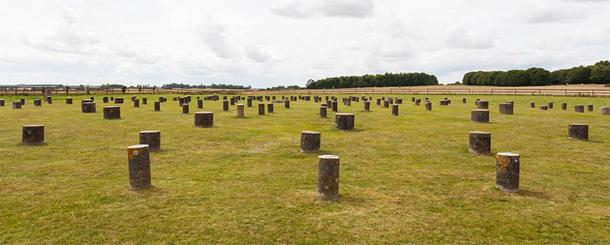 Previusly discovered 'Woodhenge' at Durrington Walls is tiny in comparison to the new monument. (CC BY-SA 4.0)