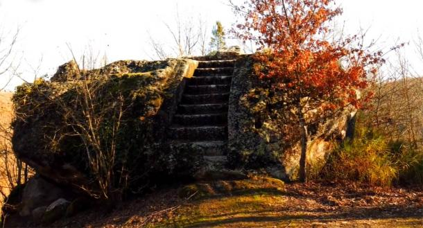 Steps leading to an Etruscan rock altar. Source: Project Tuscia