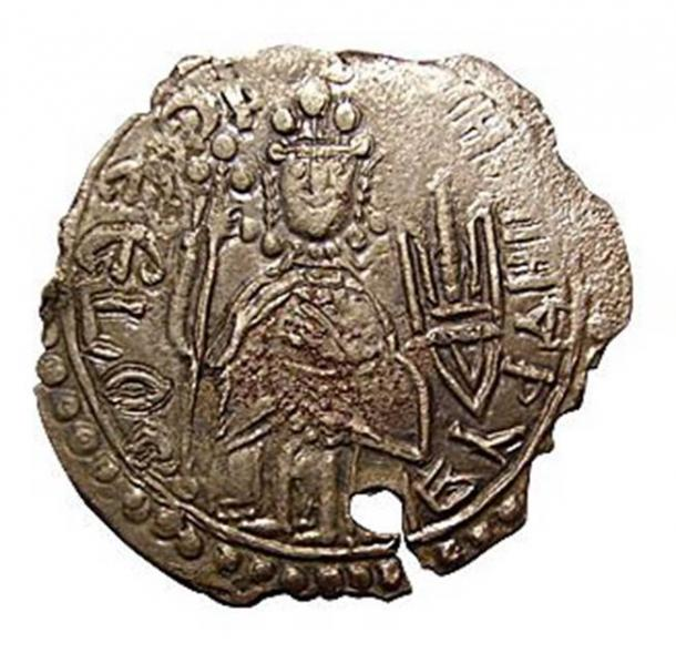 Reverse of srebrenik of Vladimir the Great now in the Odessa Numismatics Museum. (Public Domain)