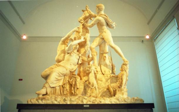 The Farnese Bull, now housed in the Naples National Archaeological Museum (CC BY-NC 2.0)
