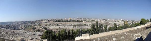 Panorama of the Old City of Jerusalem, looking west from the Mount of Olives across the Kidron Valley. The Temple Mount occupies most of the picture, from the far left lead-topped Al-Aqsa Mosque, to the golden-topped Dome of the Rock, to the far right where the trees stop. This is the very spot on which millions of people believe the Messiah will return and End Time will soon take place. (Public Domain)