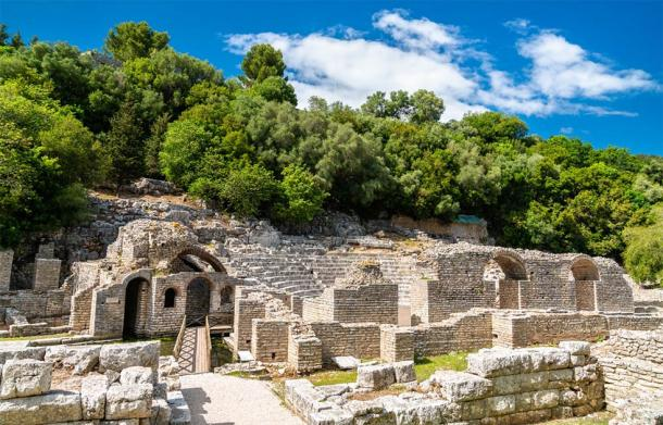 Ruins of the ancient town of Butrint in Albania (Leonid Andronov / Adobe Stock)