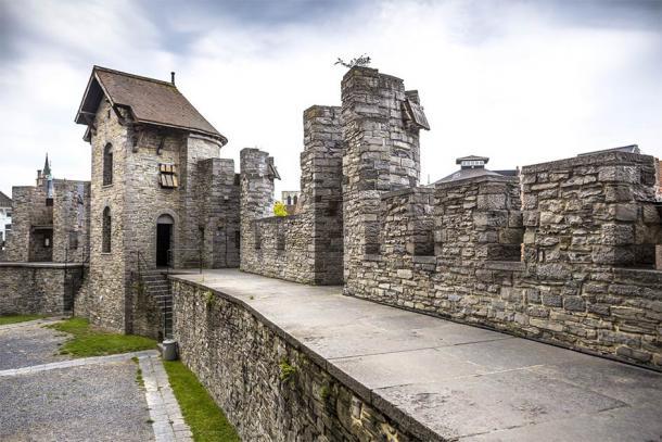 The walkways and walls of Gravensteen Castle in Ghent, Belgium (Sergey Kelin / Adobe Stock)