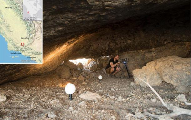 Archaeologist doing laser scanning inside the Pinwheel Cave in California. (Robinson et. al / PNAS)