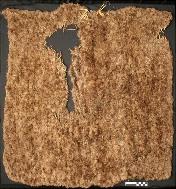 Image of an intact feather blanket. (Edge of the Cedars State Park Museum / Science Direct)