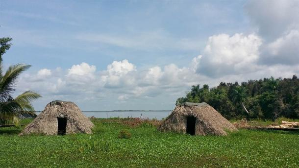The recent Caribbean DNA study focuses on the original peoples of the region including the original peoples of Cuba who lived in huts like this before the Spanish arrived. (loga25 / Adobe Stock)