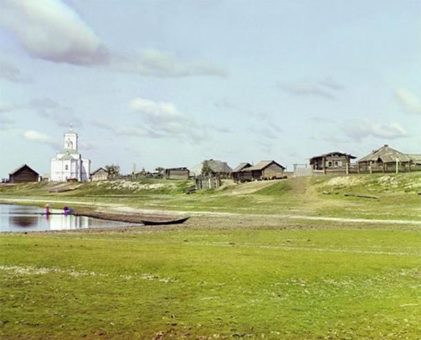 Pokrovskoye in 1912 (Public Domain)