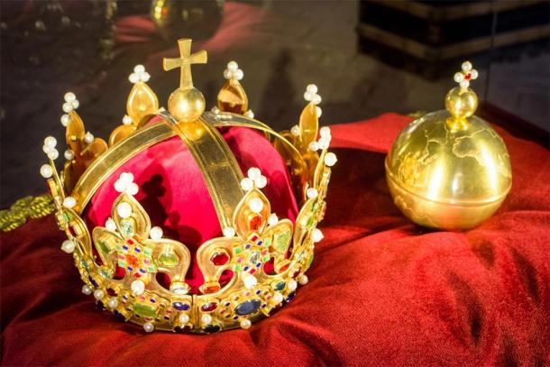 The Polish crown jewels (Jaroslav Moravcik / Adobe Stock)