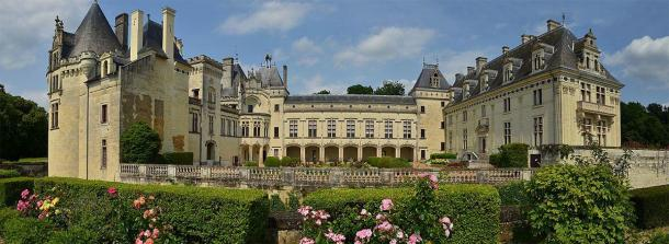 """Magnificent Château de Brézé in France: elegant and serene on the surface, but go deeper and you find yourself in the famous """"castle beneath the castle."""" Source: Adrian Farwell / CC BY-SA 3.0"""
