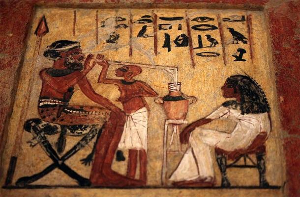 Stela from the Egyptian New Kingdom showing person drinking beer. (Vassil / CC0)