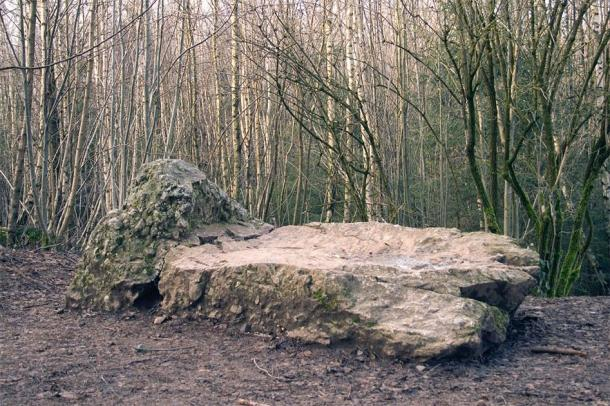 La Lit du Diable, where the devil rests before returning home at dawn (photo by House of Megaliths in Wéris)