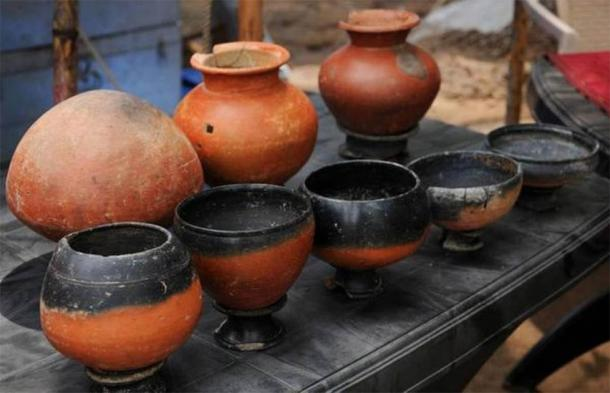 2,500-year-old pots unearthed at the Keeladi archaeological site in India show evidence of ancient manmade nanomaterials. Source: Keeladi Tamil Civilization