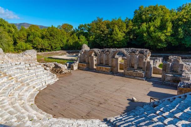Roman theatre in Butrint, Albania (dudlajzov / Adobe Stock)