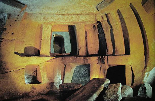 The Hal Saflieni Hypogeum has become a hotbed of speculation, myth, and scientific misconduct since it was discovered in 1902. (Hamelin de Guettelet / CC BY-SA 3.0)