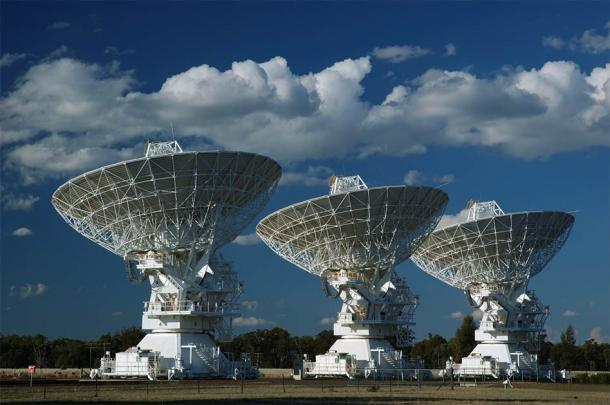 With enormous technological listening posts like these, we have been trying to find signals from other forms of intelligent life for a long time. But maybe there isn't anybody else out there! (ILYA GENKIN / Adobe Stock)