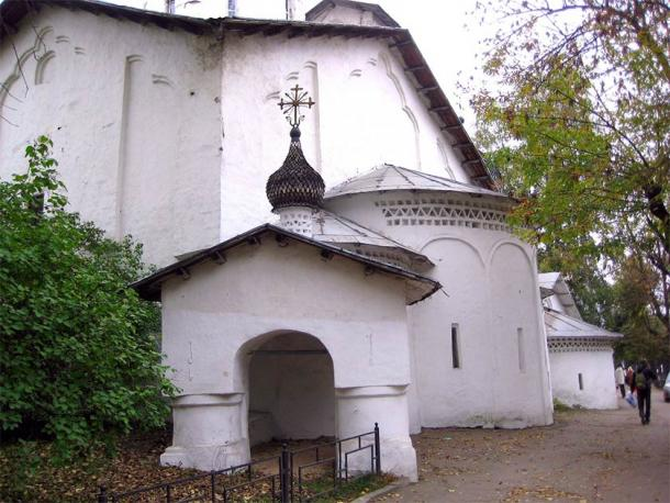 The monastery's Church of Saint Nicholas was commissioned during the time Saint Cornelius was head of the monastery. (GAlexandrova / CC BY-SA 4.0)