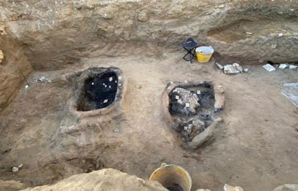 New evidence of ancient Greek burial ritual practices has been uncovered in Sicily. (Superintendence of Caltanissetta)